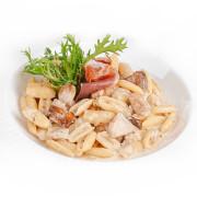 Ньокки с белыми грибами и пармой, в сливочном соусе