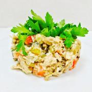 Салат из птицы с грибаит